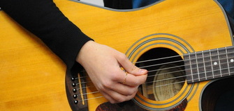 Online Course: Basics of Playing Guitar