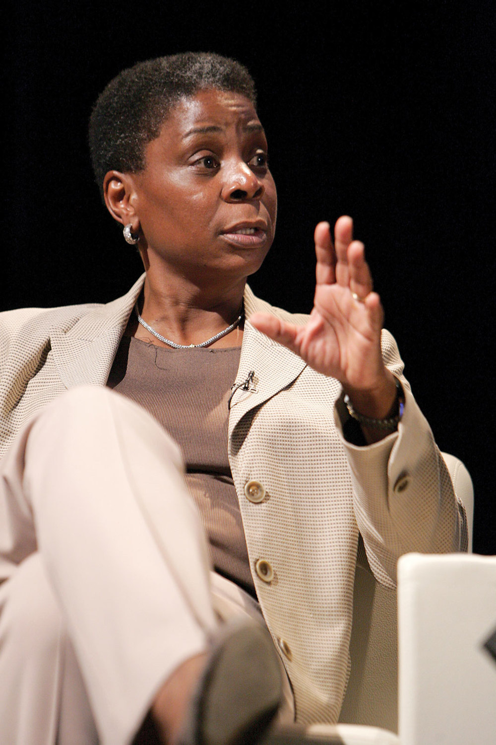 أورسولا بيرنز، Ursula Burns